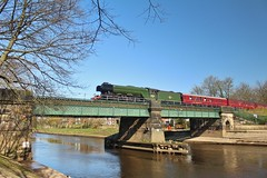LNER A3 Pacific No. 60103 'Flying Scotsman' Crossing the River Ouse - The Great Britain XI - York - 20th April 2018 (allan5819 (Allan McKever)) Tags: 60103 flyingscotsman lner a3 railtour excursion thegreatbritainxi westcoastrailways riverouse york yorkshire uk england heritage travel transport bridge bluesky green steam loco locomotive engine