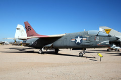 United States Navy | Vought DF-8F Crusader | Pima Air & Space Museum (Dennis HKG) Tags: aircraft airplane airport plane planespotting military usnavy navy canon 1d 24105 pima tucson museum vought f8 crusader 144427