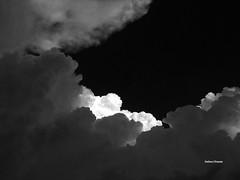 Nuvole (stefano.chiarato) Tags: nuvole clouds cielo sky bw bianco nero