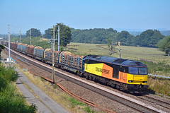 60047 6J37 Charnock Richard (British Rail 1980s and 1990s) Tags: train rail railway loco locomotive lmr londonmidlandregion mainline wcml westcoastmainline lancs lancashire livery preston liveried traction diesel freight railfreight