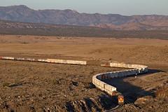 BNSF 3940 leads train ZLACWSP6-29 into Yampai Canyon, AZ (Ray C. Lewis) Tags: seligmansub trains railroad bnsf burlingtonnorthernsantafe northernarizona arizona sunset curves transportation yampai canyon intermodal