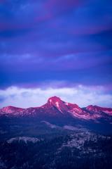 High Sierra Alpenglow (Yaecker Photography) Tags: 2018 spring spring2018 yosemite yosemitenationalpark mountains sunset sunsets sunrisesunset sunriseandsunset sunsetporn sunrise alpenglow
