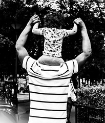 Street - Family geometry (François Escriva) Tags: street streetphotography paris france candid people olympus omd sun light man little girl dad father daughter trees black white monochrome bw noir blanc nb photo rue fun funny