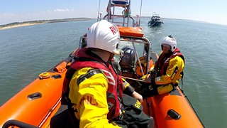 Porthcawl RNLI assist a fishing boat which had suffered mechanical failure near Nash Point