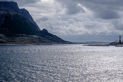 Towards Lofoten (Rainer ❏) Tags: vokkøya helligvær leuchtturm lighthouse meer berge inseln norwegen norge norway color xt1 rainer❏