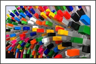 Multicolore.