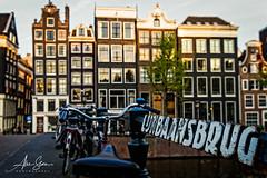 Lijnbaansbrug bridge (Amsterdam, Netherlands 2015) (Alex Stoen) Tags: alexstoenphotography amsterdam canals canon canoneos1dx ef1635f28liiusm holland streetphotography travel