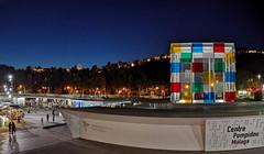 Pompidou la nuit (jesuscm_Huawei P20 series) Tags: night sky city puerto harbour muelle museo museum pompidou málaga spain huawei p20 jesuscm gente people alcazaba nocturno nightly