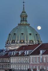 Full moon rise over Copenhagen's Marble Church (acase1968) Tags: moon rise copenhagen marble church nikon d750 nikkor 70200mm f4g nybodr denmark full frederiks kirke