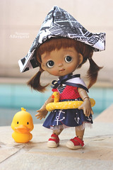Mom, does this swim ring support my weight? (Passion for Blythe) Tags: tutubjd ppinkydolls swimpool swimring duck tiny cute bjd