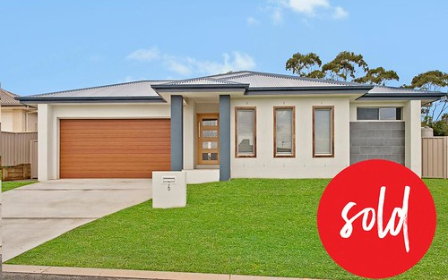 6 Lena La, Port Macquarie NSW 2444