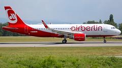 OE-IZO (Breitling Jet Team) Tags: oeizo easyjet couleur air berlin euroairport bsl mlh basel flughafen lfsb