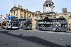 SO 10432 and OBC 606 and 601 @ High Street, Oxford (ianjpoole) Tags: stagecoach oxfordshire alexander dennis enviro 400mmc sk15hco 10432 the oxford bus company sc64oxf 606 gb14oxf 601 working route 1 sandy lane blackbird leys speedwell street u5 clive booth hall new marston u1 wheatley campus harcourt hill respectively