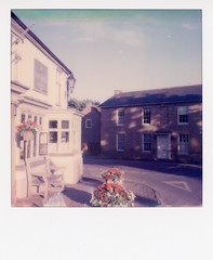The Bell, Ramsbury. Polaroid SX-70. (ho_hokus) Tags: 2018 colorinstantfilm impossibleproject instantcamera instantfilm polaroid polaroidsx70 ramsbury sx70 thebell wiltshire pub