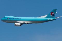 B748F_KE595 (VIE-ZAZ)_HL7629_1 (VIE-Spotter) Tags: vienna vie airport flughafen flugzeug airplane planespotting