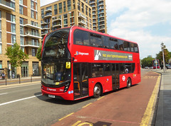 SLN 13063 - BF15KGP - PLUMSTEAD ROAD WOOLWICH - SUN 8TH JULY 2018 (Bexleybus) Tags: woolwich town centre shopping tfl route plumstead road 96 adl dennis enviro 400 mmc volvo hybrid stagecoach london 13063 bf15kgp