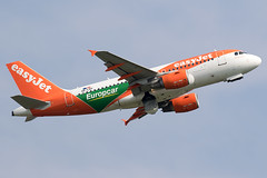 OE-LQY / easyJet Europe / Airbus A319-111 (Charles Cunliffe) Tags: canon7dmkii aviation liverpooljohnlennonairport eggp lpl easyjeteurope eju u2 airbusa319 oelqy