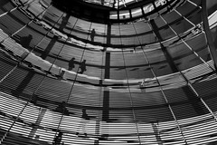 going in circles (bilderkombinat berlin) Tags: ⨀2018 berlin citysights eu government reichstag capital city germany europa dome kuppel blackwhite building bw shadow lines curves daylight deutschland ceiling