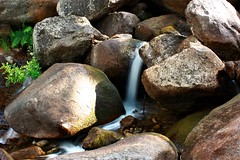 WATER OF THE STONES (Deniel T) Tags: valle jerte agua piedras extremadura