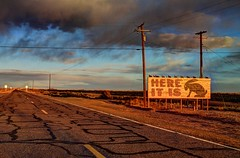 Jack Rabbit Trading Post - Route 66 (Lights in my hometown) Tags: jackrabbittradingpost route66 josephcity arizona sweetlight golden hour roadside old highway vintage sign 1949