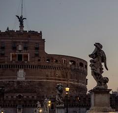 L'alba degli angeli. (giovannibartolomei) Tags: roma castel sant angelo castelsantangelo alba angeli statue