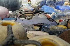 up-close... (4/23) (steveleenow) Tags: vancouver vancouverbc vancouverbritishcolumbia vancouverbccanada vancouverbritishcolumbiacanada bc britishcolumbia britishcolumbiacanada canada vancouveraquarium aquarium douglascoupland vortex vortexatva vortextatva waste garbage debris plastic plasticwaste trash art artinstallation installation exhibition artexhibition sculpture vanouverbritishcolumbia stanleypark artist artists artwork