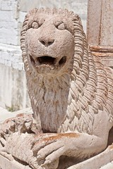 The Red Lion (@WineAlchemy1) Tags: architecture duomodiancona red marble lion ancona marche italy sculpture carving sanciriaco