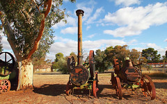 Rusty (Ggreybeard) Tags: abandoned relic engine steam parkes nsw museum rust