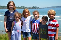 Fifth Generation At The Cottage (Joe Shlabotnik) Tags: 2018 july2018 dylans higginsbeach violet helent maine gabriella carolina everett beach afsdxvrzoomnikkor18105mmf3556ged