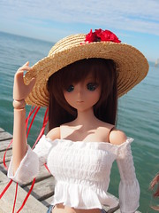 Summer greetings (sh0pi) Tags: cj culture japan danny choo smart doll italy 2018 jesolo summer trip vacation holidays 13 sd size 60 cm puppe italien twilight ebony tan girls mädchen bikini black hat off shoulder shirred blouse