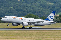 A320_FH545 (AYT-VIE)_TC-FBO_2 (VIE-Spotter) Tags: vienna vie airport airplane flugzeug flughafen planespotting wien