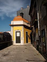 Porto - Portugal (Francisco (PortoPortugal)) Tags: 1422018 20170314fpbo5211edit porto portugal pelames centrohistórico historicalcentre unescoworldheritagesite portografiaassociaçãofotográficadoporto franciscooliveira