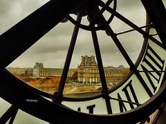 França - Paris, O museu do Louvre visto do relógio do museu D'Orsay! (jvaladaofilho) Tags: valadaoj paris france louvre relogio dorsay outono cenasurbanas cityscape streetview streetphotography