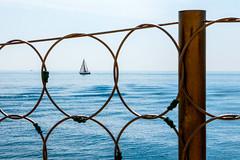 Cap d'Antibes (Bergfex_Tirol) Tags: antibes bergfex boat mediterannean mittelmeer vessel blue sommer summer fence holiday vacancies urlaub ferien