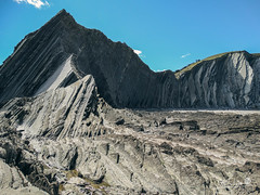 Euskadi - 16 (Mukis_trip) Tags: mar see landscape paisaje marea costa coast nature geologia estratos