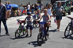 139th Annual 4th of July Parade (Adventurer Dustin Holmes) Tags: 2018 marshfieldmo marshfieldmissouri marshfield missouri event events parade parades outdoor outdoors ozarks july4th 4thofjuly independenceday 139th annual celebration webstercounty midwest bikes bicycle kids children