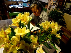 flowers (Kollage Kid) Tags: flowers yellow blooms