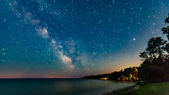 Milky Way Over The Bay (Sharky.pics) Tags: 2018 july unitedstates wisconsin doorcounty usa sisterbay us night milkyway rowleysbay sky astrophotography mars libertygrove stars nightscape