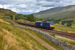 Look What The Cat Dragged In (whosoever2) Tags: uk united kingdom gb great britain england nikon d7100 train railway railroad july 2018 drs class68 68029 mallerstang settle carlisle cat 6k05 crewe cumbria fells landscape