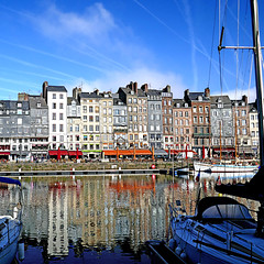 Honfleur, Normandie, France (pom'.) Tags: panasonicdmctz101 may 2018 normandie normandy france europeanunion sail sailing boat boats harbor honfleur sky clouds lisieux honfleurdeauville paysdehonfleurbeuzeville vieuxbassin 100 200 300 400 5000
