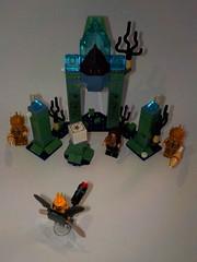 LEGO: Justice League - Battle of Atlantis (set 76085) (Juan Antonio Xic Eseyosoyese) Tags: lego justice league battle atlantis set 76085 la batalla en atlantida o acuaman atlantes emergencia el parademon™ intentando robar caja madre detén al malvado invasor ráfagas de poder aquaman y las pistolas plasma los guardias bloquea supersaltos intenta derribar gran arco permanezca parademon nikon juguete