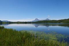 Tvilling fjell -|- Twin towers (erlingsi) Tags: no twin mountains skilbrei sunnfjord fjell lake reflection kvamshesten storehesten solvang