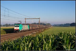 Lineas 2843+Volvotrein, Zenderen, 28-6-2018