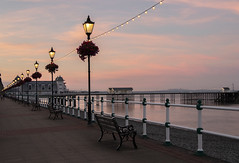 Dusk in Penarth, south Wales (Dai Lygad) Tags: evening summer weather heatwave penarth southwales cymru uk unitedkingdom greatbritain jeremysegrott flickr geotagged viewof stock photos photographs pictures images photography creativecommons attributionlicense attributionlicence freetouse july 2018 seaside promenade sunset dusk benches water railings lamps sky clouds beautiful