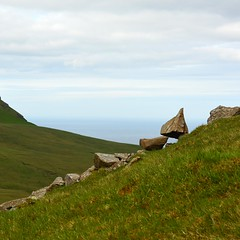 Hillsides and seaside (mikael_on_flickr) Tags: hillsides hillside hill colline montagne sea mare meer hav atlanterhavet atlanticsea gjógv føroyar færøerne faroeislands isolefaroe landscape paesaggio landskab trekking