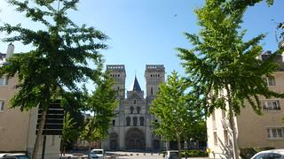 Une promenade dans le Calvados - Caen - L'Abbaye aux Dames et le conseil régional
