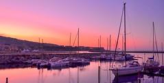 Au petit matin près du port .. (gillesfournier005) Tags: juin2018séte port bateaux d5100 couleurs mer