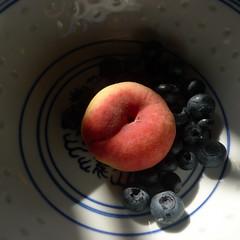 summer breakfast (ScaryLily) Tags: kitchen fruit summer peach blueberries bowl breakfast hot heatwave