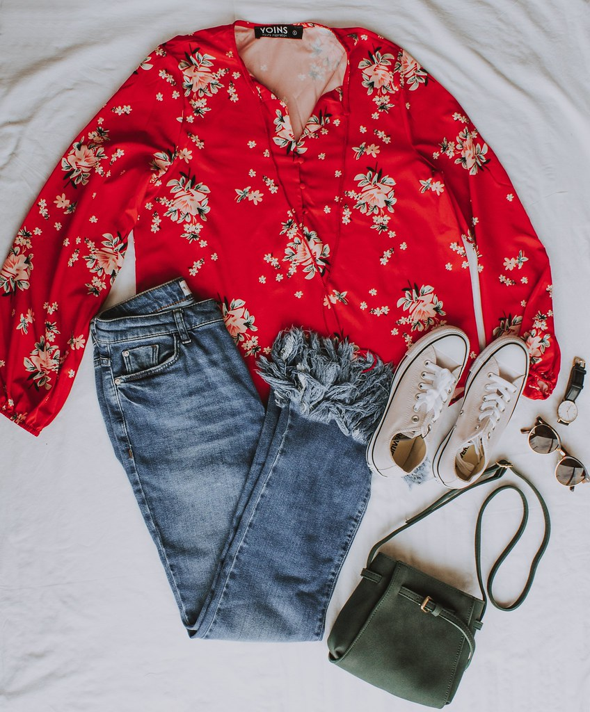 new_in_yoins_red_shirt_floral