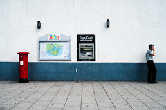 Balance Enquiries (stevedexteruk) Tags: letter box pillar red man mobile phone money cashpoint cash cashmachine machine holeinthewall southampton uk 2018 map iow isleofwight post withdrawals